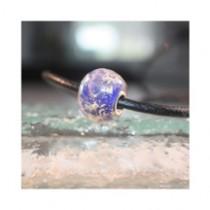 Perle de verre bleue